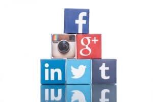 Un référenement naturel passe par une activité riche sur les réseaux sociaux